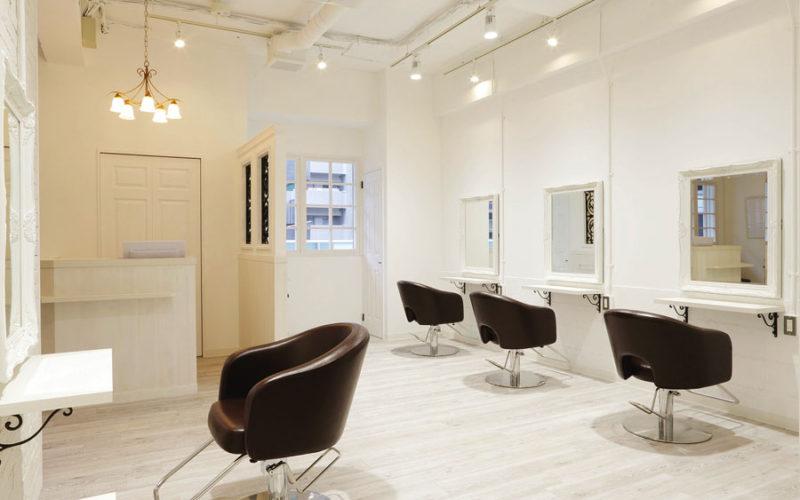 美容室内装画像 アンティーク シンプル