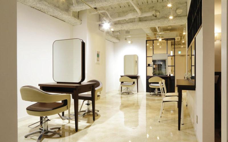 美容室内装画像 シンプル 明るい